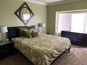 Master bedroom set for Sale in San Diego, CA