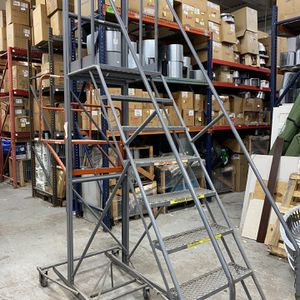 Manual Ladder Product Picker for Sale in Oceanside, NY