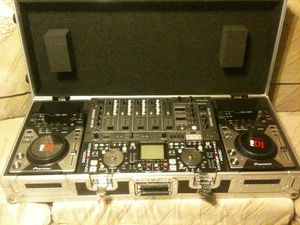 DJ EQUIPMENT : 2 pioneer Cdj400 , pioneer mixer djm3000 , denon controller dn-hd2500 , odyssey flight case O B O for Sale in San Diego, CA