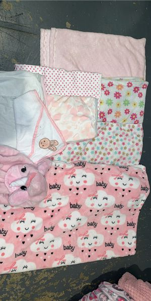 Babygirl blankets and swaddle me blanket for Sale in San Jose, CA