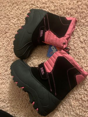 Totes Girls Snow/Winter waterproof Boots for Sale in Schaumburg, IL