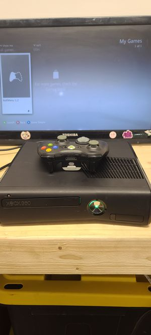 Xbox 360 RGH modded with controller for Sale in Coral Gables, FL