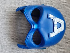 Captain America mask and shield for Sale in New York, NY