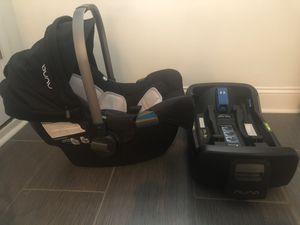 Nuna car seat for Sale in Chicago, IL
