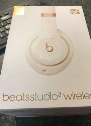Brand new Beats Studio 3Wireless Headphones Porcelain Rose for Sale in Clovis, CA