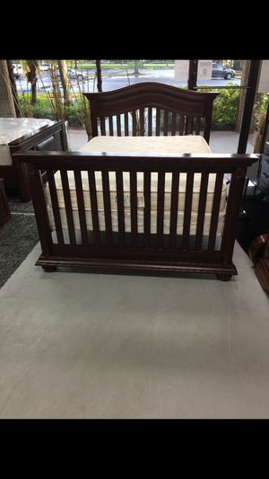 Full bed frame with mattress for Sale in Sunrise, FL