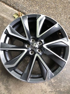 1 wheel - not a set - 2020 Toyota Corolla OEM wheel 18x8 5x100 - OEM part # 42611-12D60 in perfect condition for Sale in Sammamish, WA