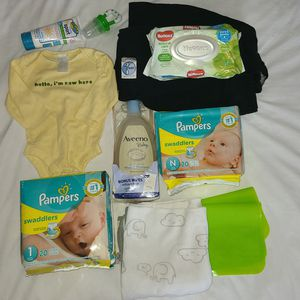 Baby Diapers Wrap Carrier Bath Shower Set for Sale in Grand Prairie, TX