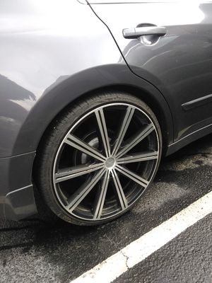 Black N Machined 22 inch rims (5 lug) for Sale in Oxford, AL