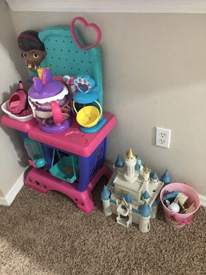 TOYS TOYS TOYS !! - Disney Dolls, Castle Play Set, Shopkins for Sale in Windermere, FL