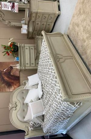 🍀Best Deals Stanley Antique White Bedroom Set for Sale in Columbia, MD