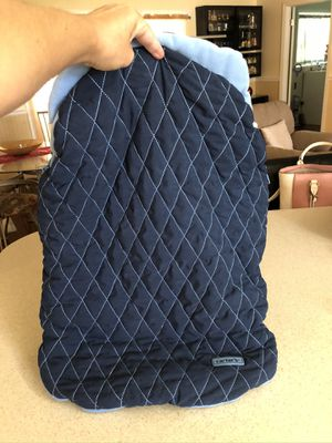 INFANT CAR SEAT OR STROLLER WINTER COVER! Very soft-like new ! No stains and clean for Sale in Largo, FL