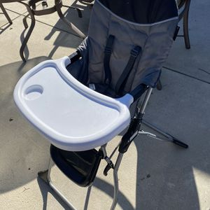 Baby High Chair for Sale in Paramount, CA