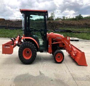 AC2014 Kubota B3350 for Sale in Ashburn, VA