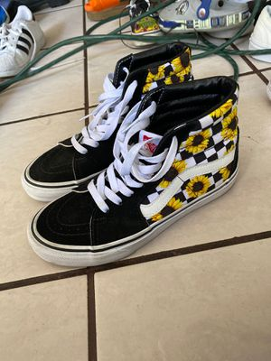 Size 6 vans for Sale in Los Angeles, CA