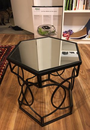 Mirrored side table for Sale in Baltimore, MD