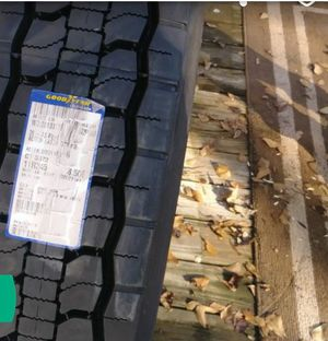 Tractor Trailor Tire for Sale in Mulberry, FL