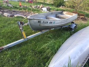 12 foot fishing boat for Sale in Manchester, MI