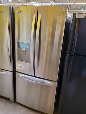 LG French Door Refrigerator for Sale in Walnut, CA