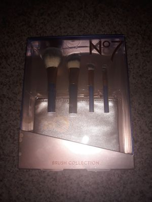 No.7 makeup brush set for Sale in Modesto, CA