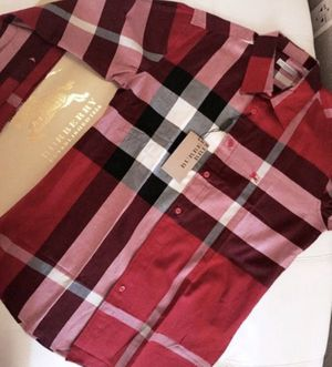 BRAND NEW SHIRT BURBERRY FOR MEN for Sale in Dallas, TX