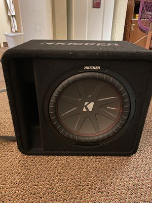 12in kicker compR and amp for Sale in Fresno, CA