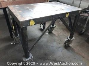 Steel Rolling Shop Table for Sale in San Pablo, CA