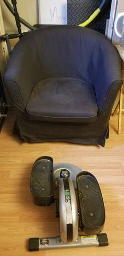 Two Comfy Black Sofa Chairs! for Sale in Pittsburgh,  PA