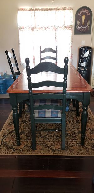 Dining/ Kitchen Table w/ 4 Chairs for Sale in Wildomar, CA