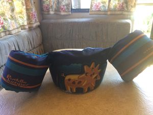 Child's life jacket for Sale in Tracy, CA