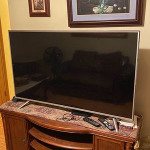 55 Inch Flat Screen TV - SHARP for Sale in New York, NY