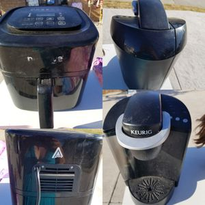 Coffee maker and air fryer for Sale in Rialto, CA