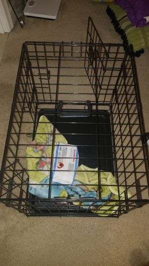 Small dog crate for sale for Sale in Columbia, MD