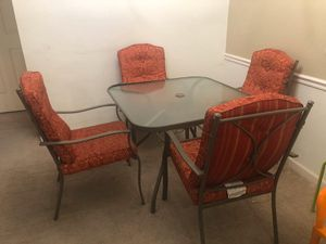 Dining table for Sale in Georgetown, KY