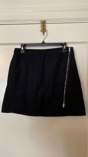 Gap black wool mini skirt, size 6, new tags on for Sale in Portland, OR