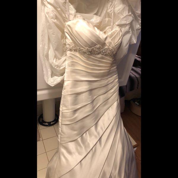 size 4 wedding dress