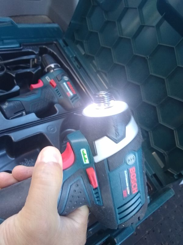 Bosch Power Tools Combo Kit 12-Volt Cordless Tool Set (Drill/Driver and Impact Driver) Charger and hardCase