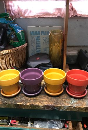 4 colorful plant pots with dish and draining hole for Sale in Homestead, FL