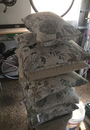 Lot of patio furniture pillows for Sale in Columbus, OH