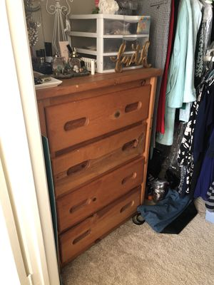 Tall 4 drawer Dresser for Sale in Aliso Viejo, CA