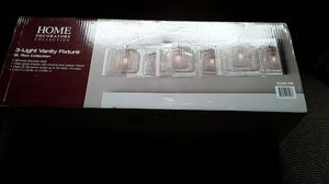 3-light vanity fixture for Sale in Marion, MI