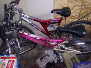 2 mountain bikes for sale for Sale in Gresham, OR