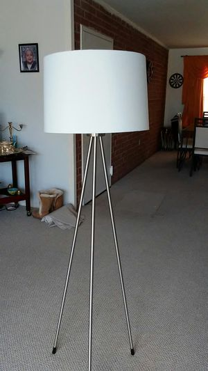 Floor lamps for Sale in Gaithersburg, MD