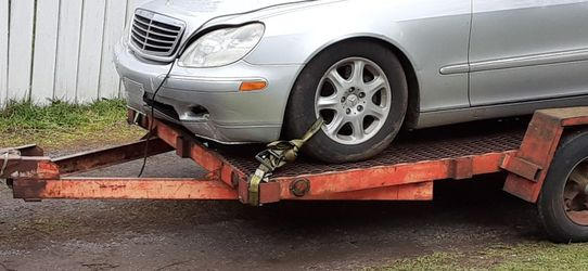 Mercedes S430 Parts. No catalytic Converters. for Sale in Happy Valley,  OR