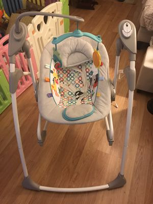 Baby Swing Rocker Chair - Bright Starts, Rock and Swing 2-in-1 Jungle Stream, Grey for Sale in Alhambra, CA