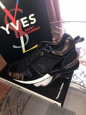 Louis Vuitton Sneakers woman's Size 9 (unisex) for Sale in St. Louis, MO
