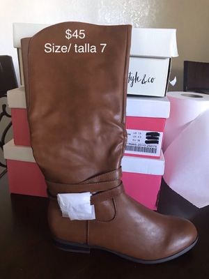 Women's boots for Sale in Concord, CA