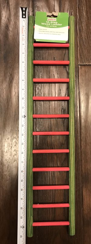 12 - Step Wood Ladder for All Birds - Petco for Sale in Lakewood, CA
