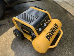 DEWALT 4.5 Gal. Portable Electric Air Compressor for Sale in Spring, TX