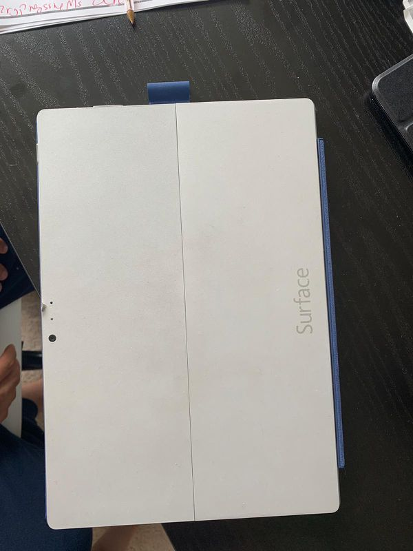 Surface Pro 3, Intel I5, 4 GB Ram, 128 GB with keyboard and pen